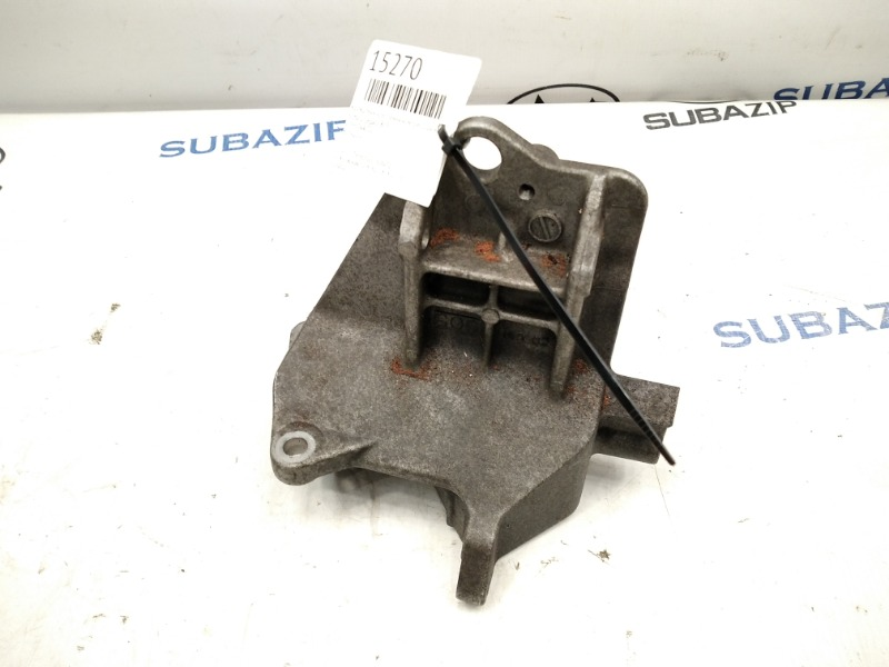 Кронштейн крепления компрессора кондиционера Subaru Legacy B13