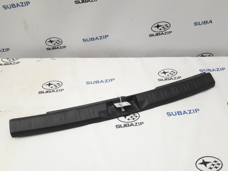 Накладка замка багажника Subaru Forester S11 EJ203HPRHE 2007 задняя