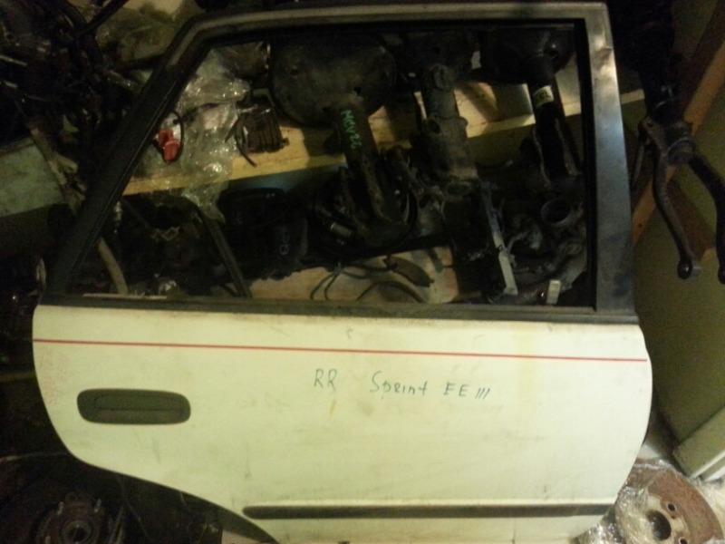 Дверь Toyota Sprinter AE110 5A-FE задняя правая Toyota