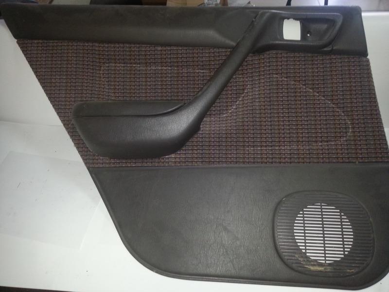 Обшивка дверей Toyota Corona AT190 4AFE задняя левая