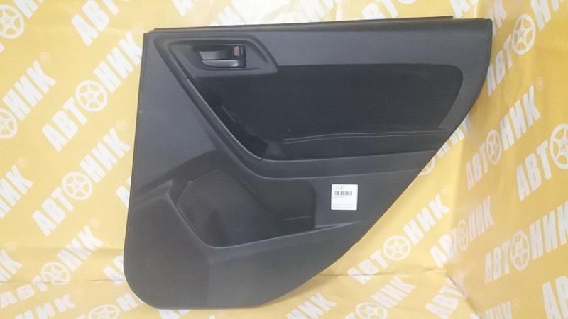 Обшивка дверей Subaru Forester SJ задняя правая