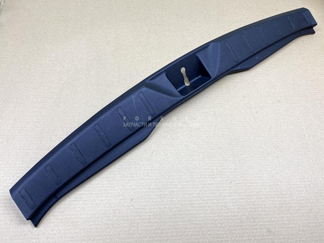 Накладка замка багажника Subaru Forester SJG SJ5 FA20ESZHZA 2012