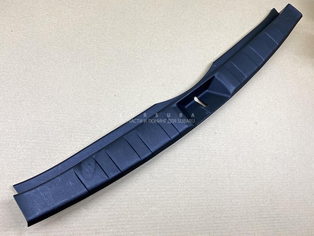 Накладка замка багажника Subaru Forester SHJ FB20ASZNXA 2011