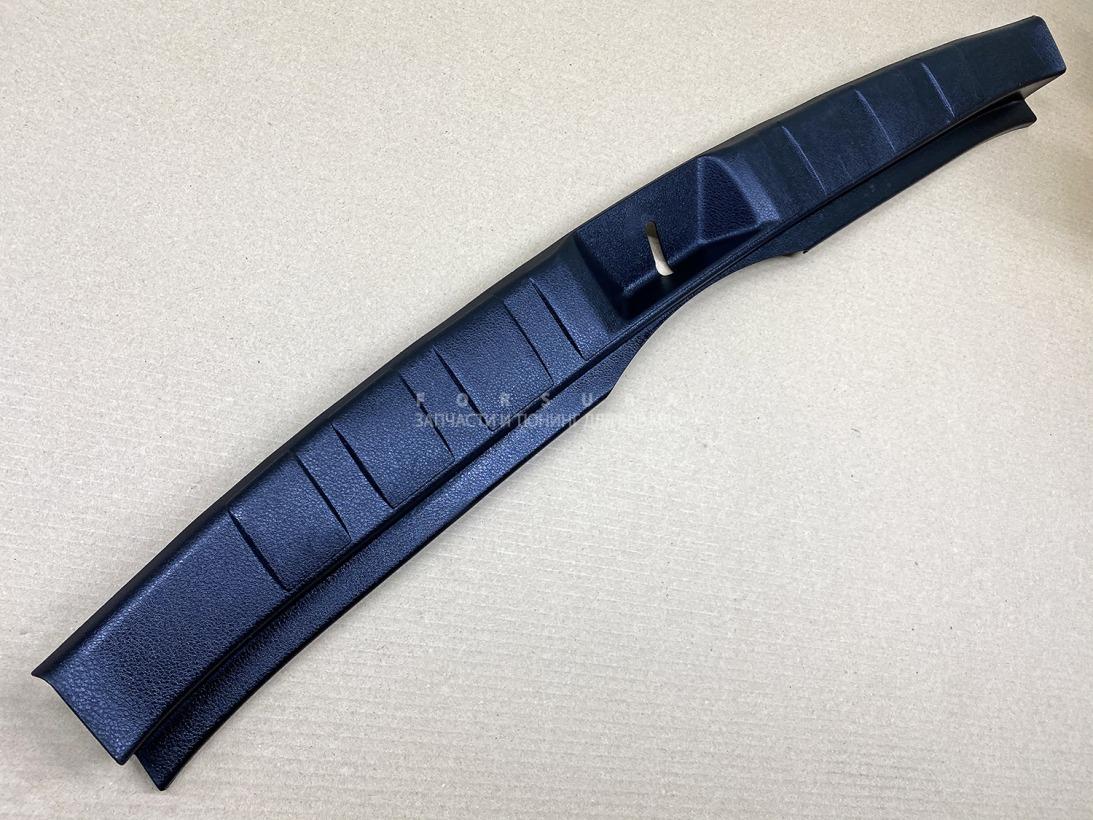 Накладка замка багажника Subaru Forester SHJ FB20ASZNXA 2012