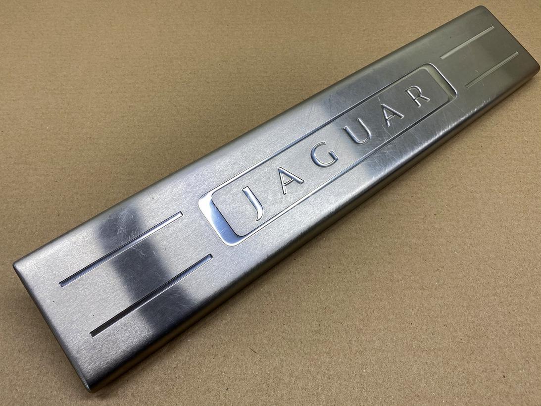 Накладка на порог салона Jaguar Xj X351 508PN 2010 передняя правая
