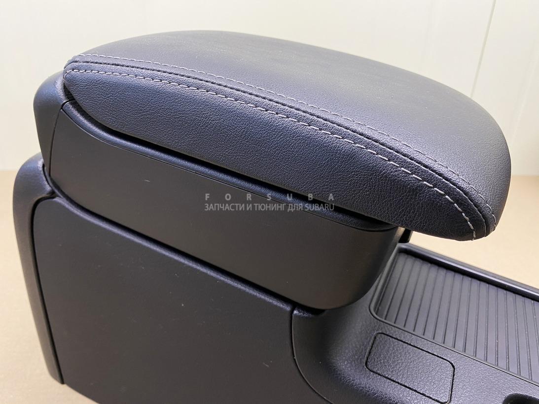 Консоль между сидений Subaru Impreza Wrx Sti GRF EJ257HC2LE 2009