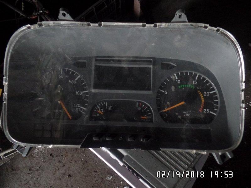 Панель приборов Mercedes-Benz Actros