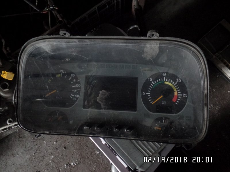 Панель приборов Mercedes-Benz Actros 2002
