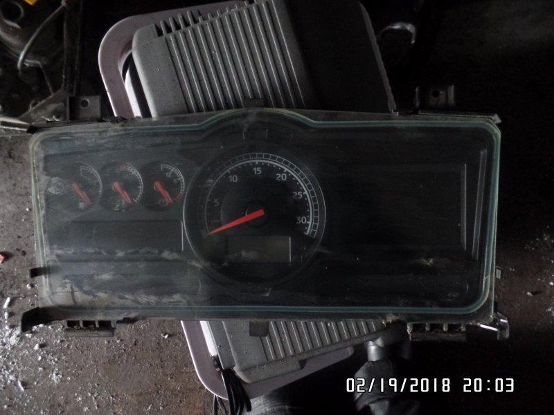 Панель приборов Renault Premium 2 2005