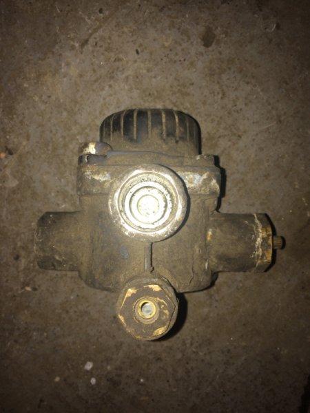 Клапан ускорительный Daf Xf 85