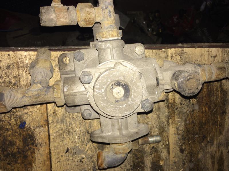 Клапан тормозной системы