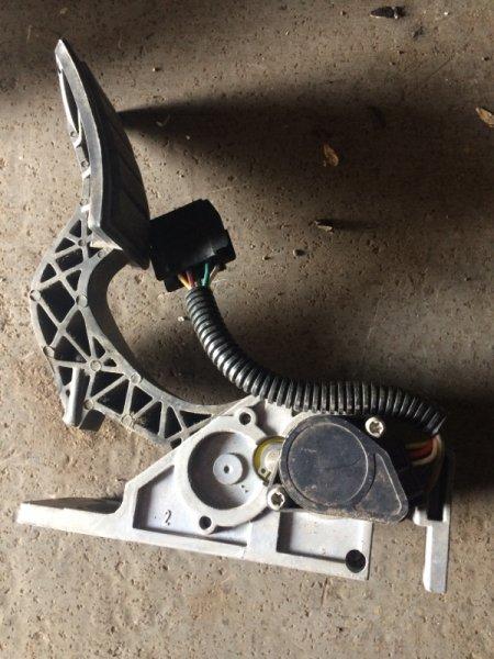Педаль газа Volvo Fm 12