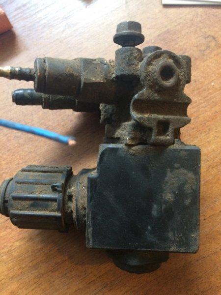 Клапан электромагнитный Volvo Fm 12