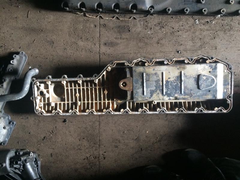 Крышка масляного радиатора Volvo Fh 13