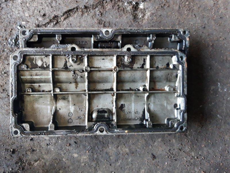 Крышка двигателя Scania R-Serie D 13