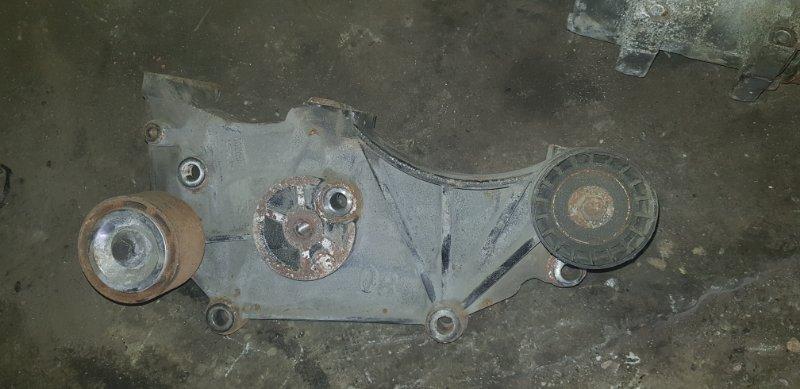Кронштейн компрессора Scania 4-Serie DC 13