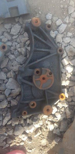 Кронштейн компрессора Scania 4-Serie D 13