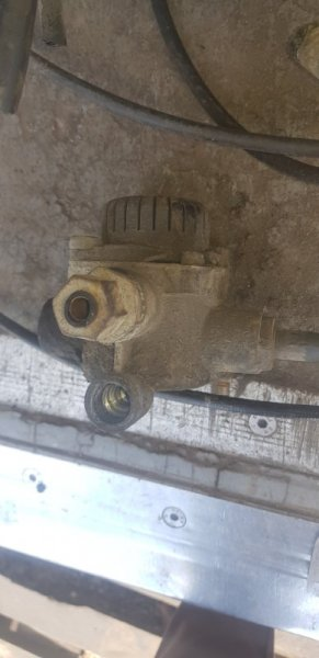 Клапан ускорительный Daf Xf 95