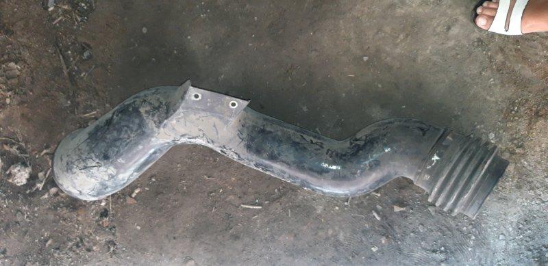 Патрубок воздушного фильтра Mercedes-Benz