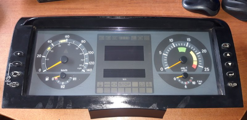 Панель приборов Mercedes-Benz Axor 2004