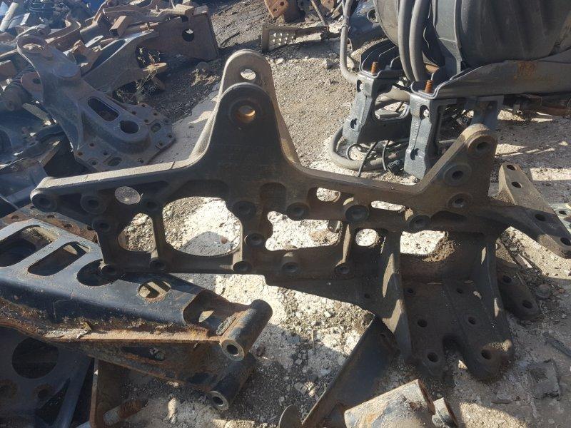 Кронштейн рессоры Mercedes-Benz Actros 2 передний левый