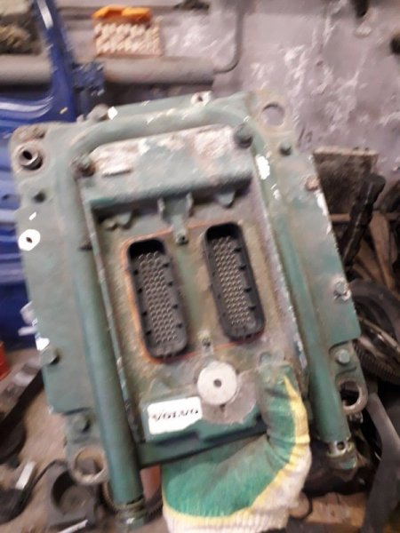Блок управления двигателем Volvo