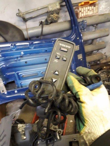 Пульт управления пневмоподвеской Volvo