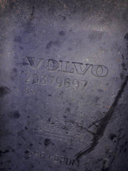 Крыло Volvo Fm переднее