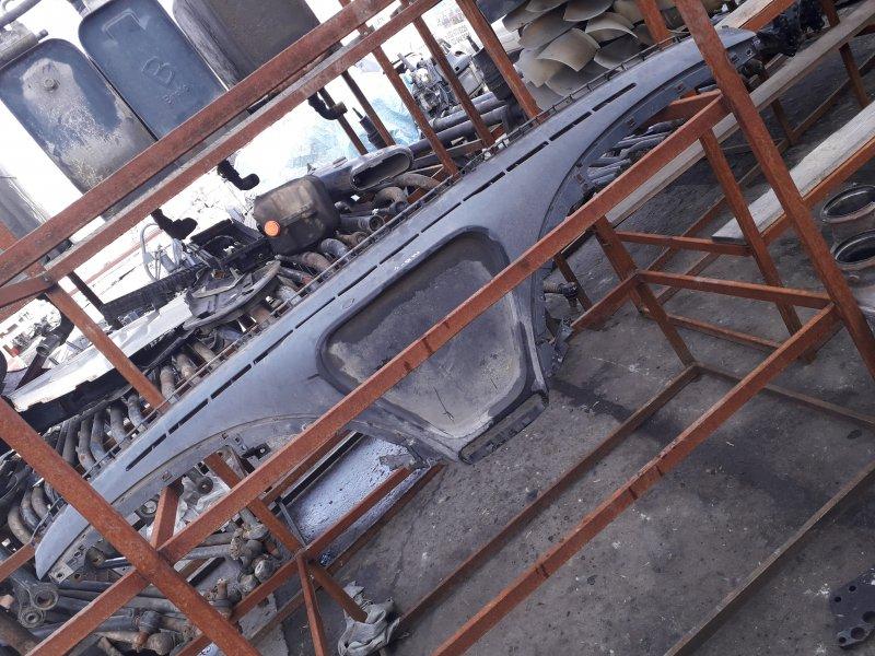 Накладка торпедо Mercedes-Benz Actros