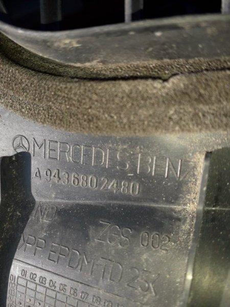 Накладка торпедо Mercedes-Benz Actros левая