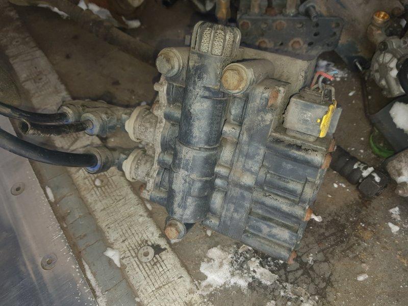 Блок клапанов Scania 5-Serie