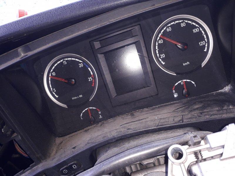 Панель приборов Scania G-400
