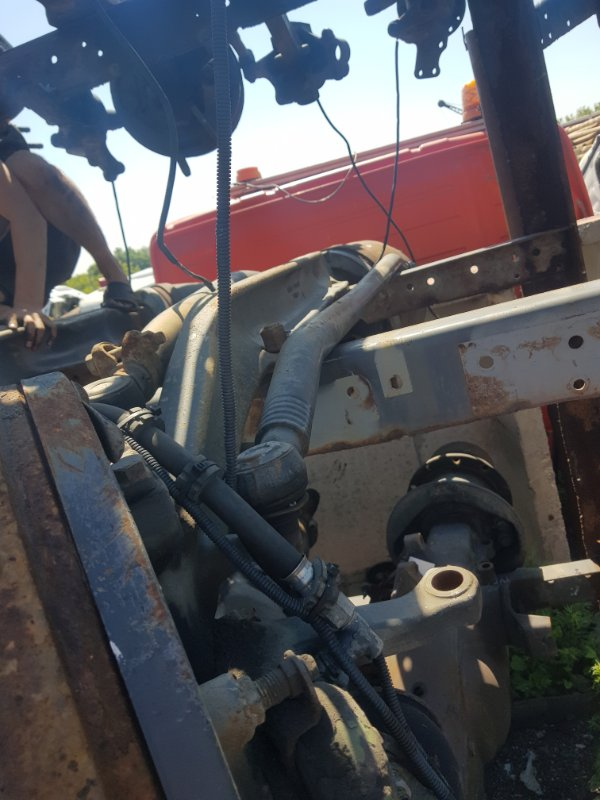 Балка передняя Scania передняя