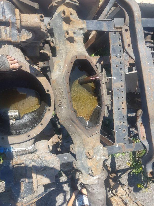 Чулок среднего моста Mercedes-Benz