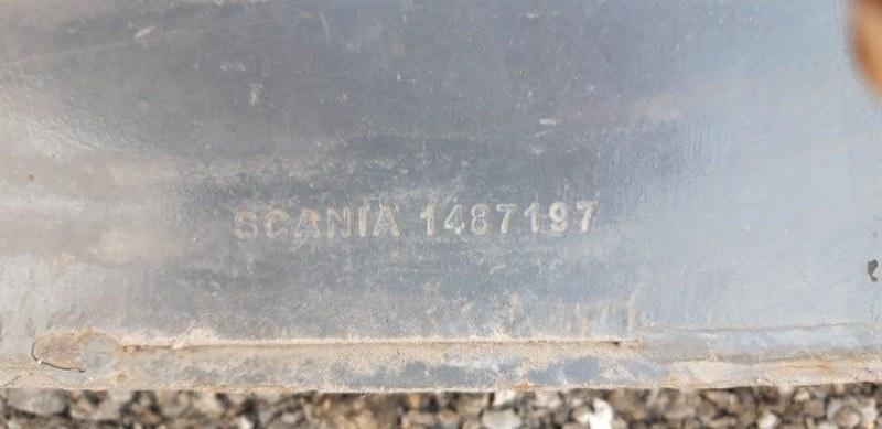 Усилитель бампера Scania