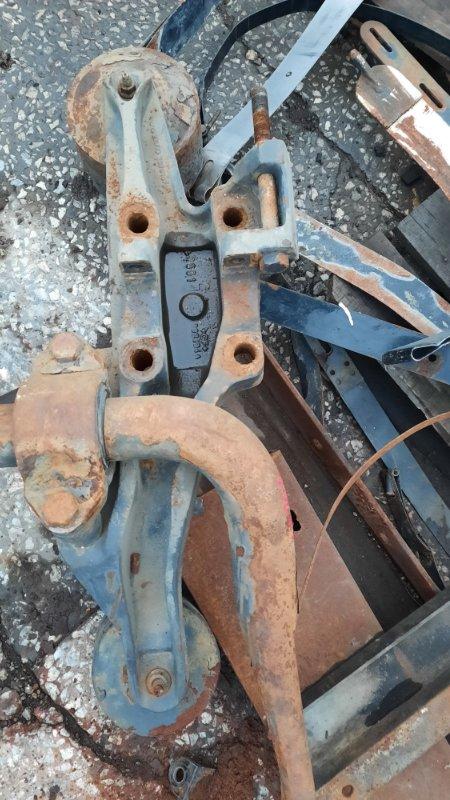 Кронштейн пневморессоры Volvo Fh задний левый