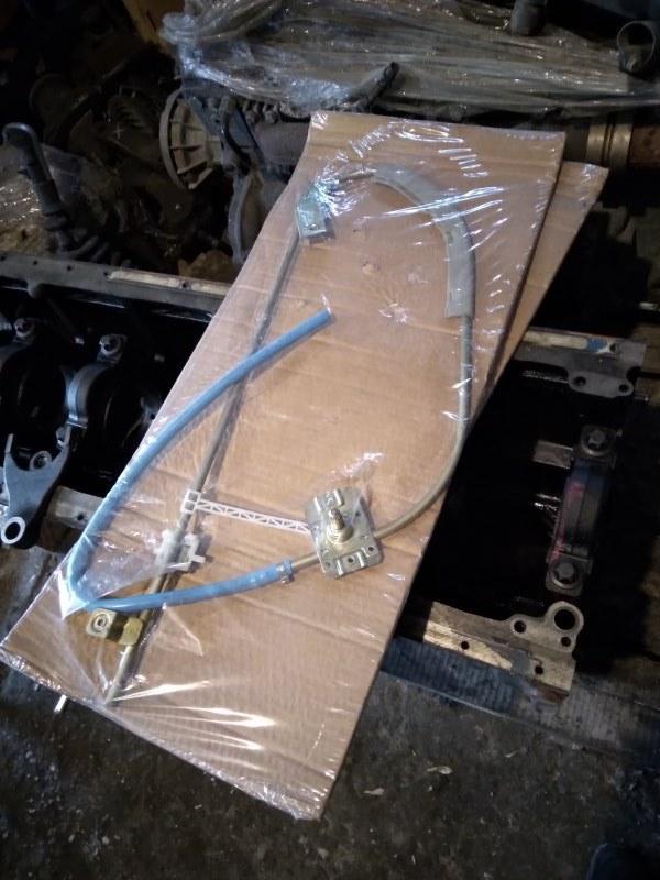 Механизм стеклоподъемника Iveco Trakker правый