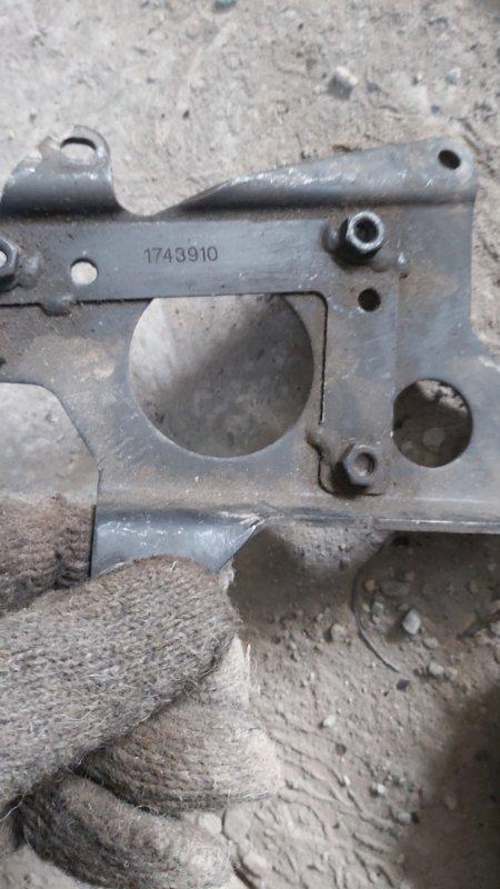 Кронштейн топливного фильтра Scania