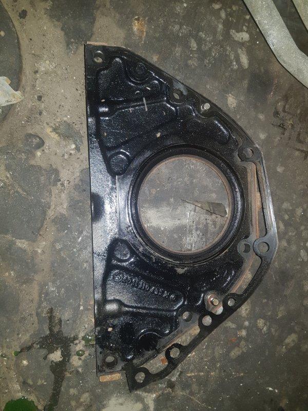Крышка плиты двигателя Mercedes-Benz ОМ501