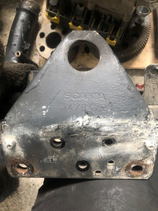 Кронштейн подъемной проушины Scania