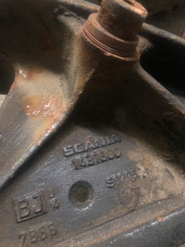 Кронштейн бампера Scania