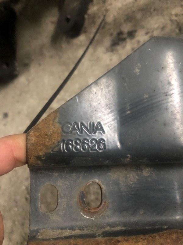 Кронштейн спойлера Scania