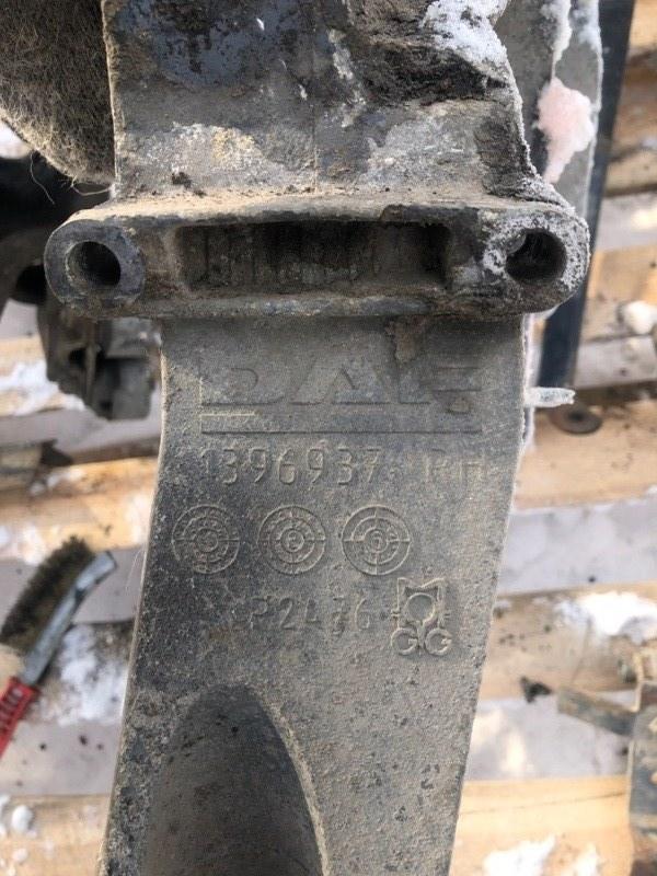 Кронштейн фар Daf Xf 105