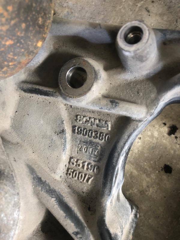Кронштейн компресора кондиционера Scania