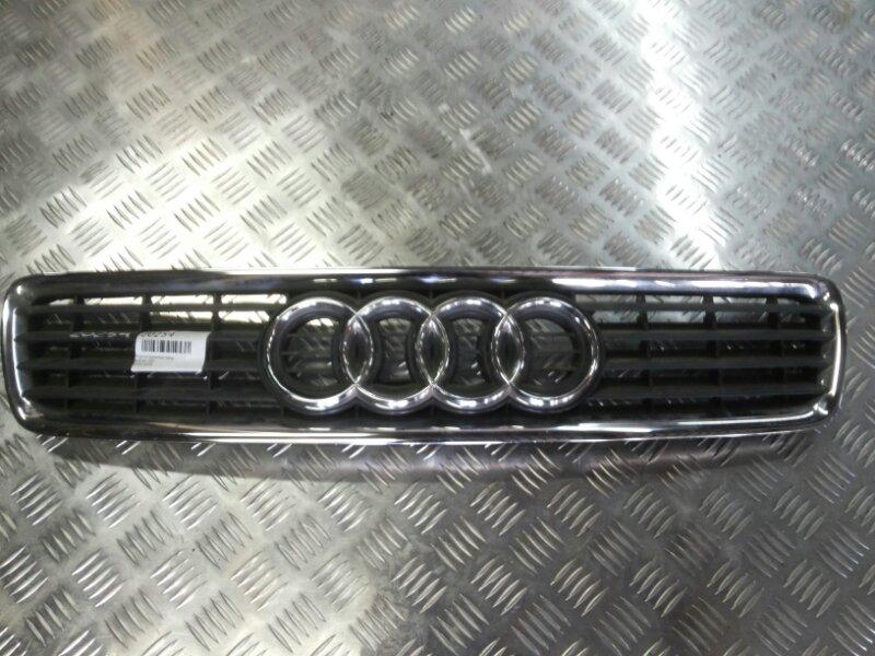 Решетка радиатора Audi A4 2001 передняя