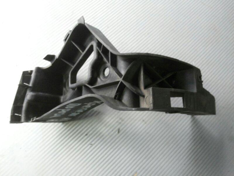 Крепеж порога Audi A8 D3 3.2 BKP 2006 задний левый