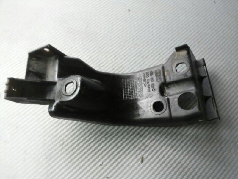 Крепеж порога Audi A8 D3 3.2 BKP 2006 передний правый