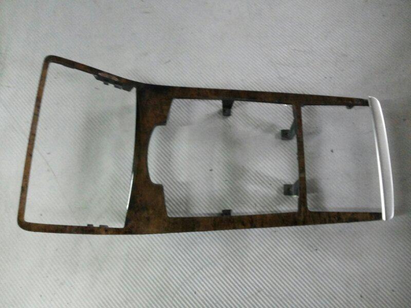 Накладка кулисы кпп Audi A8 D3 3.2 BKP 2006