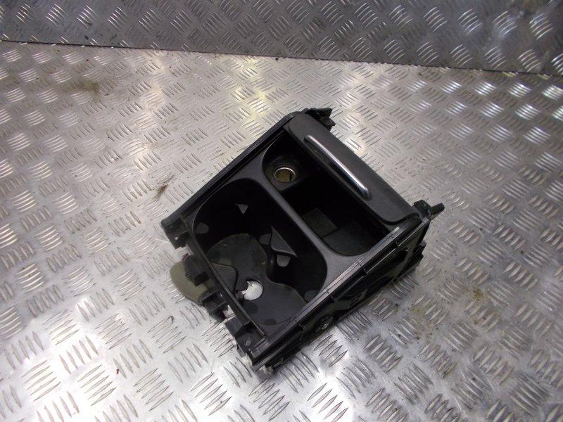 Подстаканник Volvo S80 С80 B8444S 2007