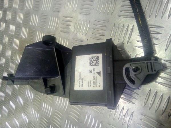 Блок управления светом Volvo V50 B5244 2008